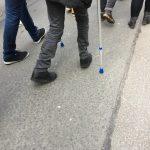 Anti-Artikel13-Demo in Köln - Mensch auf Krücken