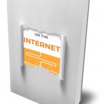"""Ein Cover, das so aussieht, als wäre es in weißes Papier eingepackt, das in der Mitte etwas aufgerissen ist. Dadurch sieht man die Worte """"on the Internet""""."""